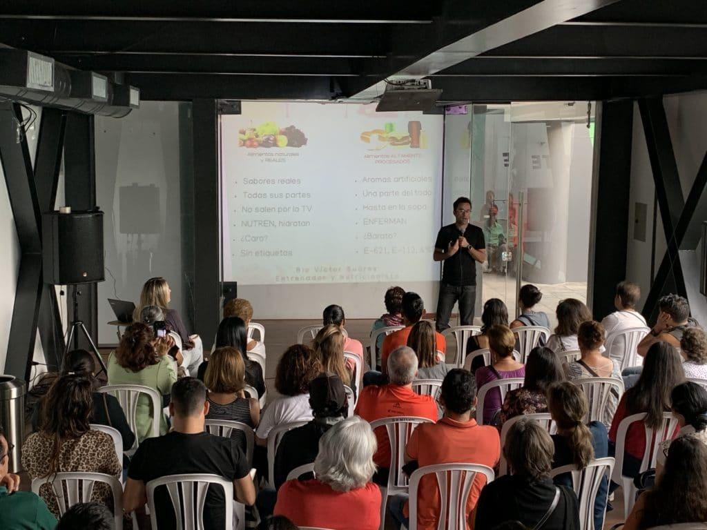 Conferencia Alimentacion basada en plantas - Victor Suarez. Bolivia, comparando comida
