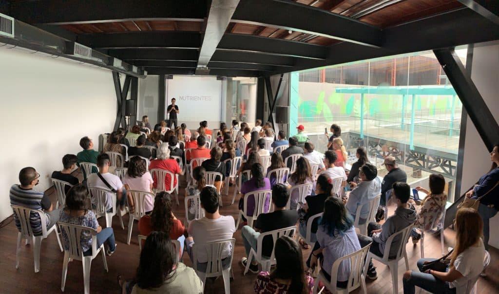 Conferencia Alimentacion basada en plantas - Víctor Suárez